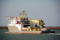 Voormalige Noordhoek Constructor  16 maart 2016 te IJmuiden uit de IJmondhaven onderweg naar zee  http://koopvaardij.blogspot.nl/2016/03/voormalige-noordhoek-constructor_17.html