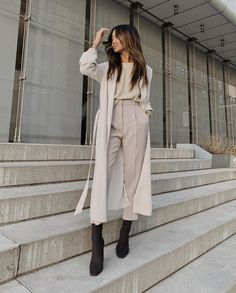 Style up your daily look with our unique MOODLFT® collection in trendy Korean fashion. Shop our exclusively curated chic Korean fashion & K-beauty products. Classy Outfits, Chic Outfits, Fashion Outfits, Fashion Tips, Looks Style, Looks Cool, Fall Winter Outfits, Autumn Winter Fashion, Fall Fashion