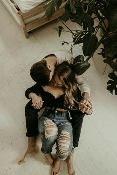 In Home Couples Session , Couple Photoshoot Poses, Couple Photography Poses, Couple Shoot, Ideas For Instagram Photos, Engagement Couple, Engagement Photos, Couple Aesthetic, Anniversary Photos, Couple Outfits