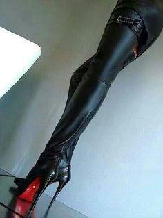 Shoebidoo's High Heel Hub - Diva Heels [DE] - most devious boots I ...