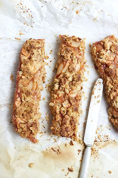 apple crumb bars with maple coffee glaze (vegan/gf/rsf)