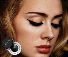 O segredo do maquiador da Adele pro delineado perfeito