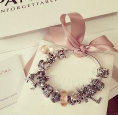 Sweet pandora bracelet Pandoras Box, Origami Owl, Pandora Charms, Charmed, Bracelets, Jewelry, Sweet, Rings, Bangle Bracelets