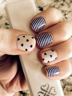 Blue nail art - 30 Ideas of manicure - Nail art designs & diy Nail Diamond, Nail Art Modele, Best Nail Salon, Cute Nail Art Designs, Nagel Gel, Blue Nails, Simple Nails, Trendy Nails, Diy Nails