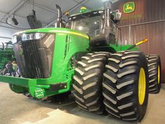 New 620 hp John Deere 9620R 4WD tractor seen at 2014 Ohio Farm Science Review.THis has a 915 cubic inch Cummins turbochareged diesel in it