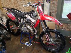 Mx Bikes, Motocross Bikes, Honda Dirt Bike, Honda Motorcycles, Dirtbikes, Honda Cr, Bikers, Motorbikes, Deadpool