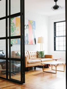 """After living on a 31-foot sailboat on the Hudson River for five years, fashion designer Lauren Moffatt made the move to a small one-bedroom apartment in Manhattan."""