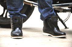 Overlap 11 black boots