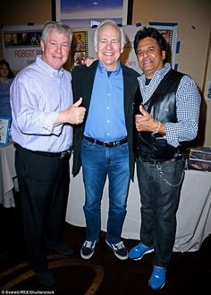 CHiPs co-stars Erik Estrada and Larry Wilcox are reunite at fan event 70s Tv Shows, Old Shows, Movies And Tv Shows, Classic Tv, Classic Movies, Larry Wilcox, Childhood Tv Shows, The Monkees, Old Tv