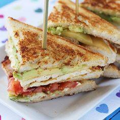 16 Deliciosas recetas de sándwiches tan fáciles que no te lo vas a creer-Atıştırmalık tarifler Tapas, Delicious Sandwiches, Cooking Recipes, Healthy Recipes, Easy Recipes, Snacks Für Party, Finger Foods, Love Food, Food Porn