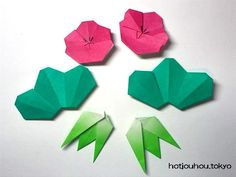 Origami Cards, Holiday Crafts, Paper Flowers, Paper Crafts, Tableware, Yahoo, Leaves, Plants, Dinnerware
