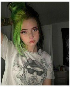 Short Dyed Hair, Half Dyed Hair, Half And Half Hair, Dyed Blonde Hair, Dye My Hair, 4c Hair, Half Colored Hair, Short Grunge Hair, Thin Hair