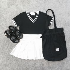 Korean Fashion Sets- Hot Summer Look Striped T-shirt, Denim Jeans and White Sneakers, Black Cap. Striped T-shirt, Ripped short. Korean Fashion Trends, Korean Street Fashion, Korea Fashion, Asian Fashion, Cute Fashion, Teen Fashion, Fashion Outfits, Fashion Sets, Fashion Spring