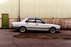 BMW E28 525