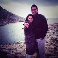 Get breaking celeb and entertainment news, photos, and videos about all your favorite Hollywood stars from Wetpaint. Josh Murray, Andi Dorfman, Bachelorette Contestants, The Other Guys, Very Cold, Hollywood Stars, Embedded Image Permalink, Cuddling, Two By Two