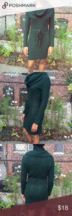 🎀 Jessica Simpson Forest Green Sweater Dress Sure to keep you Cozy and Warm!! Shop this Jessica Simpson Forest Green Cowl Neck Sweater Dress. Long Sleeves. Comes with dress belt. Great, Pre-Loved condition ❣🔶Reasonable Offers Welcomed!!🔶 🔷Bundle to Save!!🔷 Jessica Simpson Dresses Long Sleeve