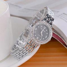 Women's Fashionable Style Alloy Analog Quartz Bracelet Watch(Assorted Colors) 2335256 2016 – $13.89