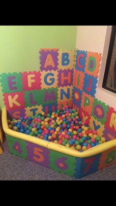 Awesome DIY ball pit for a playroom kids playroom ideas Playroom Design, Kid Playroom, Playroom For Toddlers, Playroom Decor, Playroom Organization, Play Room For Kids, Baby Room Ideas For Boys, Kids Play Corner, Playroom Colors