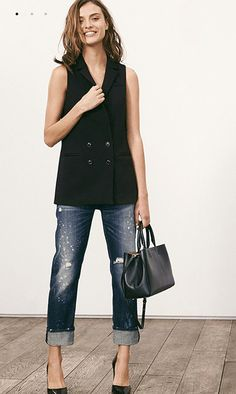 Boyfriend jeans, vest, black heels