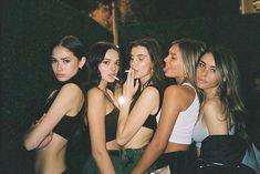 """The hottest girl gang Foto Best Friend, Best Friend Fotos, Cute Friend Pictures, Friend Photos, Bad Girl Aesthetic, Summer Aesthetic, Urban Aesthetic, Aesthetic People, Aesthetic Dark"