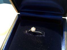 【S様】ロイヤル・アッシャー・ダイヤモンドの婚約指輪を、リフォームしてデザインを変え、今でも大切に使ってます!