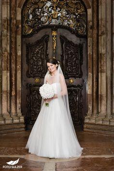 56_hochzeit-st-peter Portraits, Wedding Dresses, Fashion, Engagement, Dress Wedding, Amazing, Photo Illustration, Bridal Dresses, Moda