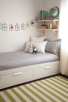 kinderzimmer einrichten bett mit stauraum wandgestaltung ideen The Effective Pictures We Offer You About boho Bed Room A quality picture can tell you Girls Bedroom, Bedroom Decor, Bedroom Furniture, Master Bedroom, Furniture Ideas, Modern Bedroom, Girls Daybed, Nursery Decor, Couple Bedroom