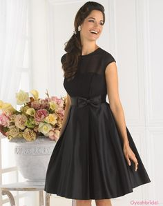 Hot Selling Modest Elegant Scoop Bow Knot Black Taffeta Knee Length Bridesmaid Dresses with Capped Sleeves BD-1174