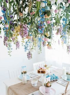 Create a breathtaking hanging floral arrangement for Easter and all of spring with this tutorial. Easter Brunch, Easter Party, Brunch Party, Spring Flower Arrangements, Floral Arrangements, Pottery Barn Kids, Diy Flowers, Spring Flowers, Flower Ideas