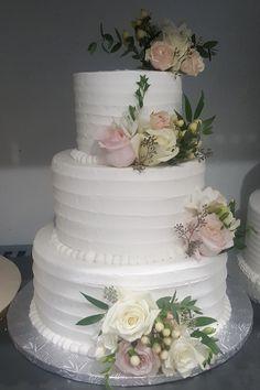 Calumet Bakery Buttercream Textured Cake with fresh flowers