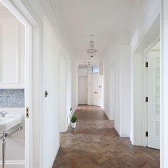 Oakhill Court av Ardesia Design