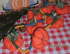 ghirlanda di zucchette. garland pumpkins.