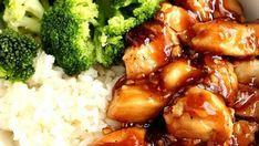 Brocolis avec du riz et du poulet teriyaki