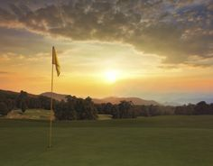 Impress with Quality at Golf Events | Spring 2015