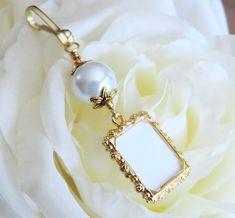 Gold tones Wedding bouquet charm. White blue ivory or pink pearl photo charm. Bridal shower gift. Memorial photo charm. Wedding keepsake. (8.99 USD) by SmilingBlueDog