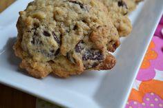 A priori c'est La meilleure recette de cookies aux pépites de chocolat ! Elle est tirée du dernier 750g ! Plusieurs recettes de cookies ont été testées par des gourmandes et des gourmands et c'est celle ci qui a obtenu le plus de voix ! Pour avoir un...