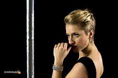 http://www.vertige.it/ | Vertige lo sport visto a testa in giù. è la guida per la donna sportiva e sensuale che vuole superare i propri limiti. Cioè insomma una figata  #sportestremi #sport #allenamento | Valentina D'Amico