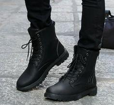 Zapatos para caballeros, de 7.89 euros http://item.taobao.com/item.htm?spm=a2106.m896.1000384.314.01qj6m&id=36206153359&_u=h10l44d6fe37&scm=1029.newlist-0.bts1.50016853&ppath=413%3A800000740&sku=413%3A800000740&ug= si queria comprar, pegar el link en www.newbuybay.com para hacer pedidos