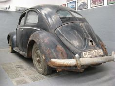 barn finded vw split beetle