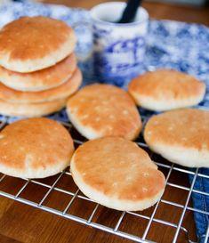 Swedish Recipes, The Breakfast Club, Fika, Baked Goods, Crockpot, Nutella, Pancakes, Rolls, Food And Drink