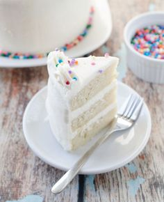 Vegan Vanilla Cake ~ m x one myself; pinned for my vegan friends who might be delighted to see this :)
