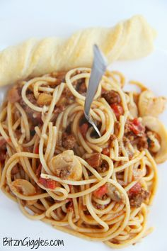 A Mexican twist on traditional spaghetti - a one dish wonder, perfect for a hungry group!