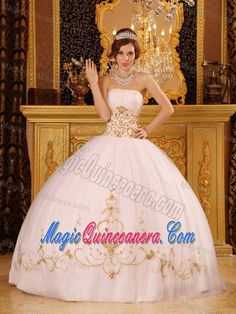 White Strapless Sweet Sixteen Dresses with Appliques in Antrim