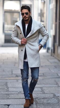 35 Men's Fashion Winter Trends: Talent Management's Round-Up Big Fashion, Look Fashion, Urban Fashion, Mens Fashion, Fashion Tips, Fashion Trends, Trench Coat Outfit, Trench Coats, Winter Outfits