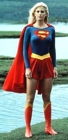 Helen Slater as the first Supergirl. She reappeared again in Smallville Season 7 when Laura Vandervoort acts as Supergirl in it. Batgirl, Batwoman, Supergirl Movie, Supergirl Superman, Helen Slater Supergirl, Female Movie Characters, Dc Comics, Super Girls, Woman Movie