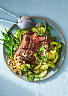 Thai-Inspired Beef and Cucumber Salad Thai Cucumber Salad, Thai Beef Salad, Asian Recipes, Healthy Recipes, Ethnic Recipes, Thai Food Recipes, Lamb Recipes, Beef Flank Steak, Main Dish Salads