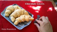 Cuernitos de chocolate para Consentir #chocolatelovers