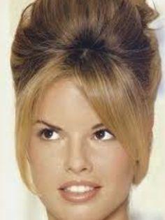 Bridget Bardot hairstyle. Beautiful.