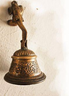 Brass Bell Knocker with Hindu God Ganesh, Brass Door Bell, Indian Door Bell, Hindu Diety, Ganesha - Lord of Good Fortune by TIWcompany on Etsy https://www.etsy.com/listing/462305510/brass-bell-knocker-with-hindu-god-ganesh