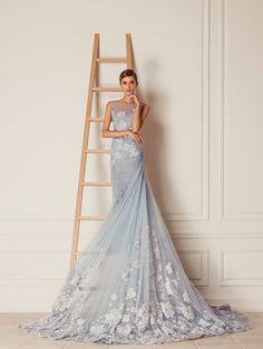#HamdaAlFahim #dress #floral #applique #blue #grey #iceblue #embellished #handwork #chinoiserie #inspiration #art #artisans #floral #beautiful #couture #abudhabi #designer #fantasy #longtrain #fall #winter #fashion #dress